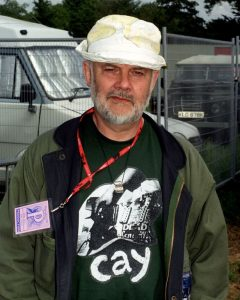 Glasto DJ_John_Peel_during_the_1999_Glastonbury_Festival