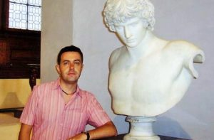 Martin Campbell and Antinous bust (2)